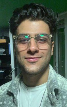 Handsome, Glasses, People, Men, Fashion, Eyewear, Moda, Fashion Styles, Eyeglasses