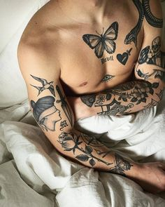 MA Tattoo on Daniel Source: danielgfrank Dope Tattoos, Leg Tattoos, Body Art Tattoos, Tattoos For Guys, Sleeve Tattoos, Retro Tattoos, Tatoos Men, Leg Tattoo Men, Dragon Tattoos