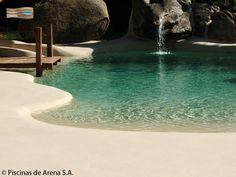 Las Piscinas de Arena® NaturSand® le ofrecen la posibilidad de crear entradas en rampa que vayan desde cota cero hasta la profundidad deseada. #PiscinasDeArena, #NaturSand