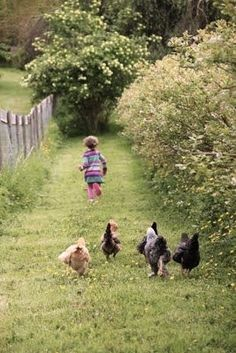 Country - kids on the farm Country Farm, Country Life, Country Girls, Country Living, Country Roads, Farm Animals, Animals And Pets, Cute Animals, Vie Simple
