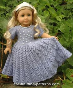 Free Knitting Pattern Dolls Jumper : Free Pattern for cute knee socks to knit for American Girl ...