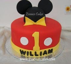 Mickey Mouse Birthday Cakes on Mickey Mouse 1st Birthday Cake