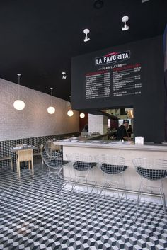 Tile floor in La Favorita restaurant by ARCO Arquitectura Contemporánea, Mexico City hotels and restaurants