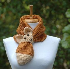 Knit Fox Scarf, Keyhole Scarf, Stay Put - Diy Crafts Knitting For Kids, Loom Knitting, Free Knitting, Baby Knitting, Knit Or Crochet, Crochet Scarves, Crochet Baby, Knitting Scarves, Yarn Projects