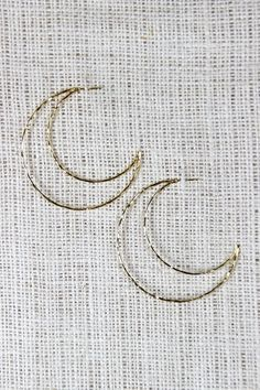 Hang By The Crescent Moon Earrings