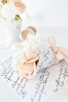 Craftberry Bush | Valentine's day mini bouquet with printable wrap | http://www.craftberrybush.com