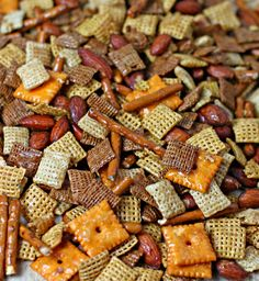 Sweet and Savory Party Mix from CulinaryEnvy.com