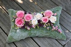 Same day flower delivery Strood by Floral Elements Florist your local flower shop, send flowers, wedding flowers & funeral flowers. Art Floral, Floral Design, Funeral Flower Arrangements, Funeral Flowers, Funeral Sprays, Funeral Tributes, Memorial Flowers, Sympathy Flowers, Flower Pillow