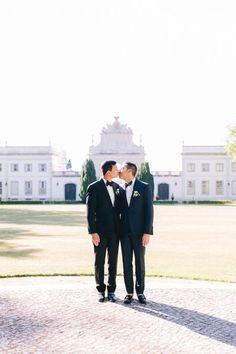 A Stunning Palace Wedding in Portugal That Highlights the Beauty of Traditional Portuguese Culture Groom And Groomsmen Style, Groomsmen Fashion, Be My Groomsman, Wedding Trends, Wedding Blog, Wedding Styles, Wedding Photos, Wedding Ideas, Rainbow Wedding