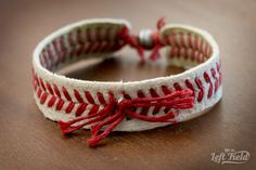 Step-by-step tutorial on how to make a baseball bracelet. It is easy to make and super cute to wear. Show your love of the game! Baseball Wreaths, Baseball Crafts, Baseball Mom, Softball Wreath, Baseball Decorations, Baseball Stuff, Baseball Bracelet, Baseball Jewelry, Gifts For Baseball Players