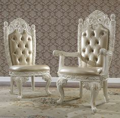 Luxury Home Furniture, Luxury Dining Room, Single Sofa, Prince And Princess, Luxury Homes, Sofas, Armchair, Luxurious Homes, Couches