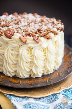 Coconut Hummingbird Cake by My Evil Twin's Kitchen Hummingbird Cake Recipes, Hummingbird Food, Hummingbird Cake Recipe With Coconut, Cupcakes, Cupcake Cakes, Naked Cakes, Round Cake Pans, Savoury Cake, Let Them Eat Cake