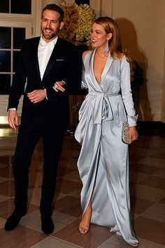 Blake Lively flashes Spanx at state dinner with husband Ryan Reynolds - - The Vancouver-born actor, looked sharp in a midnight blue suit and white bow tie as he stopped by on Thursday with his stunning wife on his arm. Blake Lively E Ryan Reynolds, Blake Lively Moda, Blake And Ryan, Blake Lively Style, Blake Lively Fashion, Blake Lively Wedding Dress, Gossip Girl, Trendy Dresses, Elegant Dresses