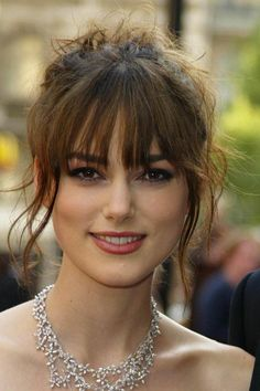 8 Things You Should Consider Before Cutting Side Swept Bangs Keira Knightley Hair, Keira Christina Knightley, Celebs, Celebrities, Hairstyles With Bangs, Beautiful Actresses, Pretty Face, Pretty Woman, Beauty Women
