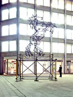 Well it's a horse isn't it? So it's got to be in My Style. The sculptor, Ben Long, has also created some other pretty amazing animal sculptures,