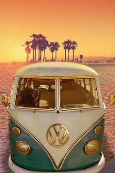 Volkswagen Vintage, Vw Vintage, Volkswagen Bus Interior, Vw Beach, Beach Cars, Bus Vw, Bus Camper, Volkswagon Van, Vw T1