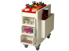 Gavetero de arte - 18 mm Art Supplies Storage, Desk Supplies, Art Storage, Locker Storage, Neat Desk, Pioneer Woman Kitchen, Wall Planner, Organizing Paperwork, Craft Room Design