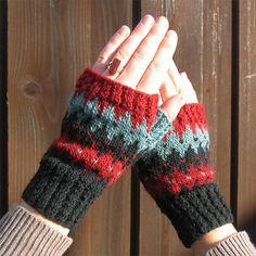 Knit Pattern  Fingerless Gloves Navajo inspired by YARNBHUMS