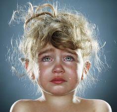 En este último artículo,el blog PsicoWisdom intenta concienciar sobre un tema muy importante para la salud de las personas: Las consecuencias que acarrea el haber sufrido los distintos tipos de maltrato durante la niñez, distinguiendo así, consecuencias orgánicas, psicológicas y conductuales. #PsicoWisdom #Prevención #AbusoInfantil  https://psicowisdom.wordpress.com/2014/11/19/abuso-infantil-secuelas-fisicas-y-psicologicas-en-la-adultez/