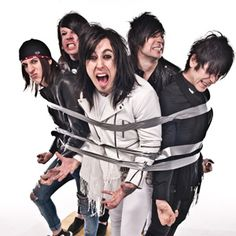 Interview with Ryan Seaman and Jacky Vincent of Falling In Reverse - HHM Zine Interviews