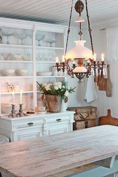 ... charming - TRESTLE TOP - & hanging lamp ...
