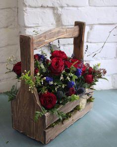 Bunch Of Flowers, Unique Flowers, Diy Flowers, Flower Decorations, Wedding Flowers, Funeral Flower Arrangements, Funeral Flowers, Floral Arrangements, Diy Wood Box