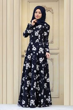 I am not Mislim but do admire how conservative they are! Islamic Fashion, Muslim Fashion, Modest Fashion, Fashion Dresses, Modest Dresses, Modest Outfits, Cute Dresses, Modele Hijab, Hijab Fashion Inspiration