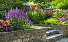 Stützmauer Hanggarten