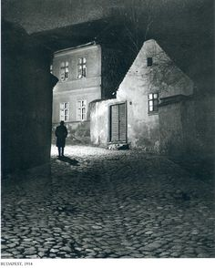 Budapest, 1919 André Kertész