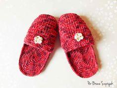 Pantufas de Crochê com Barroco Fast por Bruna Szpisjak em parceria com Linhas Círculo S/A. Receita disponível no link: http://www.ganhemaiscirculo.com.br/pantufa-de-croche-com-barroco-fast/