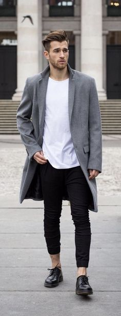 Fall combo inspiration with a gray overcoat white t-shirt black trousers no show socks black shoes. Winter Outfits Men, Fall Outfits, Grey Overcoat, Fashion 2017, Fashion Outfits, Camouflage Jacket, Black Trousers, Black Shoes, Autumn Fashion