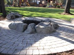 Stone fire pit designs stone fire pit ideas outdoor fire pits f Camping Fire Pit, Diy Fire Pit, Fire Pit Backyard, Fire Pit Seating, Fire Pit Area, Fire Pits, Fire Pit With Rocks, Outside Fireplace, Fire Pit Landscaping