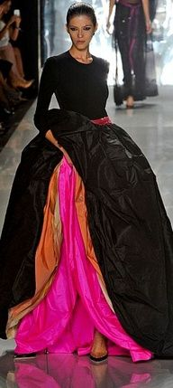 :: Chado Ralph Rucci - New York Fashion Week Spring, 2013 :: hot gown Style Haute Couture, Couture Fashion, Runway Fashion, Fashion Week, Look Fashion, High Fashion, Fashion Trends, Beautiful Gowns, Beautiful Outfits