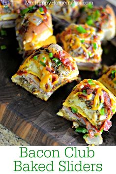 Bacon Club Baked Sliders Bacon Club Baked Sliders - these are SO EASY amp; Made with Kings Hawaiian Rolls with plenty of bacon amp; Bacon Recipes, Appetizer Recipes, Cooking Recipes, Delicious Appetizers, Sandwich Recipes, Yummy Recipes, Quesadillas, Prosciutto, Hot Dogs