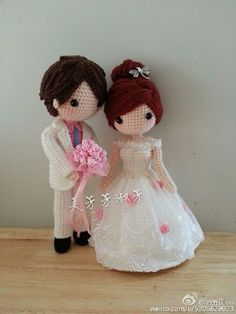 Crochet doll bride and groom. Knitted Dolls, Crochet Dolls, Crochet Yarn, Amigurumi Patterns, Amigurumi Doll, Doll Patterns, Crochet Cross, Cute Crochet, Crochet Doll Pattern