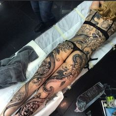inked girls and hot tattoos Top Tattoos, Sexy Tattoos, Cute Tattoos, Unique Tattoos, Beautiful Tattoos, Body Art Tattoos, Girl Tattoos, Sleeve Tattoos, Tattoos For Women