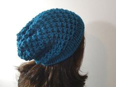 How to Loom Knit a Slouchy Beanie Hat (DIY Tutorial) - YouTube
