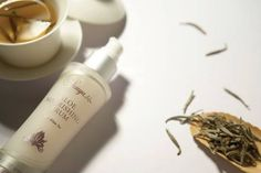 Lightweight serum that preserves and replenishes your skin's moisture to help maintain a youthful complexion. Contains aloe, white tea and mimosa bark extracts.  https://www.foreverliving.com/retail/shop/shopping.do?itemCode=281&task=viewProductDetail