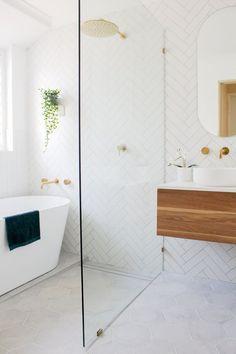 Small Bathroom With Bath, Small Bathroom Layout, Small Bathroom Renovations, Best Bathroom Designs, Bathroom Trends, Laundry In Bathroom, Bathroom Interior Design, Small Bathrooms, Bathroom Remodeling