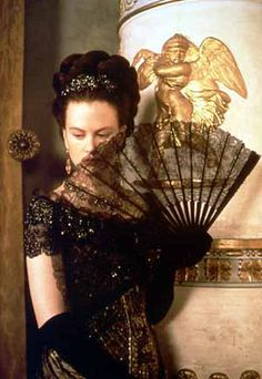 Nicole Kidman as Isabel Archer in Jane Campion's The Portrait of a Lady (1997). Costume design by Janet Patterson. Wearing corset, Kidman had 48 centimeters of waist.