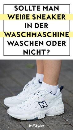 Sneaker-Hack: Weiße Sneaker sind ein absoluter Schuh-Trend. Wir beantworten die Frage, ob die Schuhe in der Waschmaschine landen dürfen oder nicht! Hier. #instyle #instylegermany #mode #modetrend #sneaker #sneakertrend #sneakerwaschen #weißesneaker #sneakerhack #whitesneakers #waschmaschine Sneaker Trend, Asics, Outfit, Sneakers, Shoes, Fashion, White Leather Shoes, Popular Shoes, New Fashion Trends