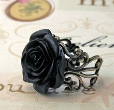 love this rose ring!