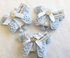 Welcoming prince Omran with these cute little cardigan which were initially inspired by @cherished_bonbon_chocolates #babyboy #baby #itsaboy #babyshower #decoratedchocolates #decoratedchocolate #babyshowerideas #baptism #christening #blue #gold #madewithlove
