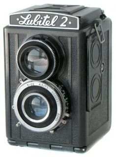 Fun little Soviet TLR. Easy to pick up on eBay.