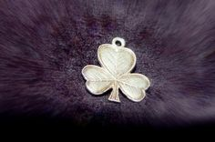 SHAMROCK Sterling Charm Pendant Textured Leaf Etching Vintage 1960s from Ireland Travel Memorabilia Souvenir