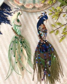 Awesome Most Popular Embroidery Patterns Ideas. Most Popular Embroidery Patterns Ideas. Bead Embroidery Tutorial, Bead Embroidery Patterns, Tambour Embroidery, Couture Embroidery, Bead Embroidery Jewelry, Embroidery Fashion, Hand Embroidery Designs, Fabric Jewelry, Ribbon Embroidery