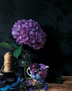 Hydrangea purple and simple - wedding decoration for summer - Love .... Hydrangeas Photo: Ditte Isager