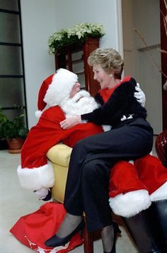 Nancy Reagan sat on Santa Claus's — President Reagan — lap on Christmas Eve in Source: Ronald Reagan Library Nancy Reagan, Greatest Presidents, American Presidents, Us Presidents, American History, 40th President, President Ronald Reagan, Reagan Library, Journey To The Past