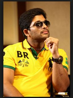 Reports reveal that Boyapati has designed a superb character for Bunny which will highlight his performance in the film. Expectations are soaring high as it is would be really interesting to see how a mass director like Boyapati presents Bunny in