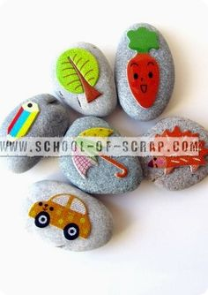 Sassi per inventare storie Stone Art, Painted Rocks, Scrap, Arts And Crafts, Kids, Painting, Craft Ideas, Nature, Rocks